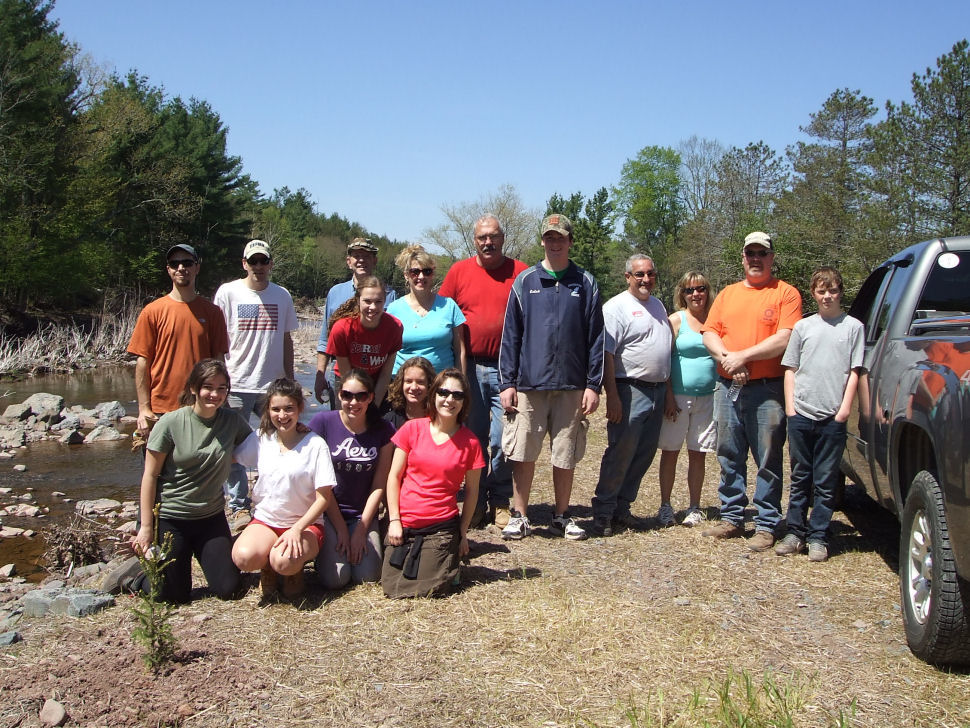 Fennelly planting project on the East Kill